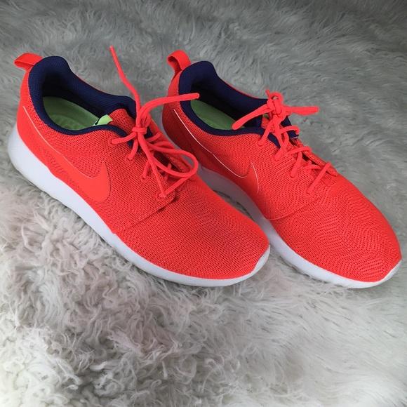 timeless design bdf84 f4469 Nike Roshe